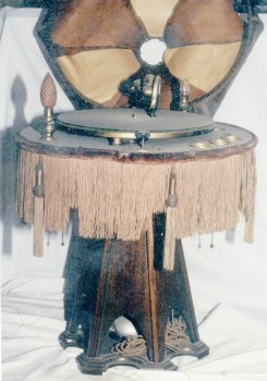 Capitol lamp phonograph with wooden base