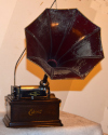 an image of Edison Fireside Phonograph - Plays 2 and 4 minute records