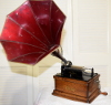 an image of Edison Fireside Phonograph with maroon baby morning glory horn