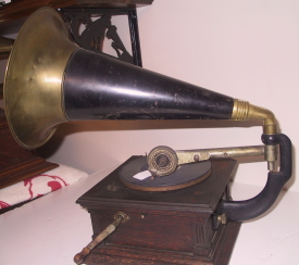 Victor talking machine, type E