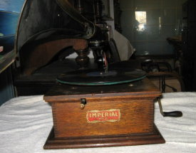 Imperial phonograph no 2